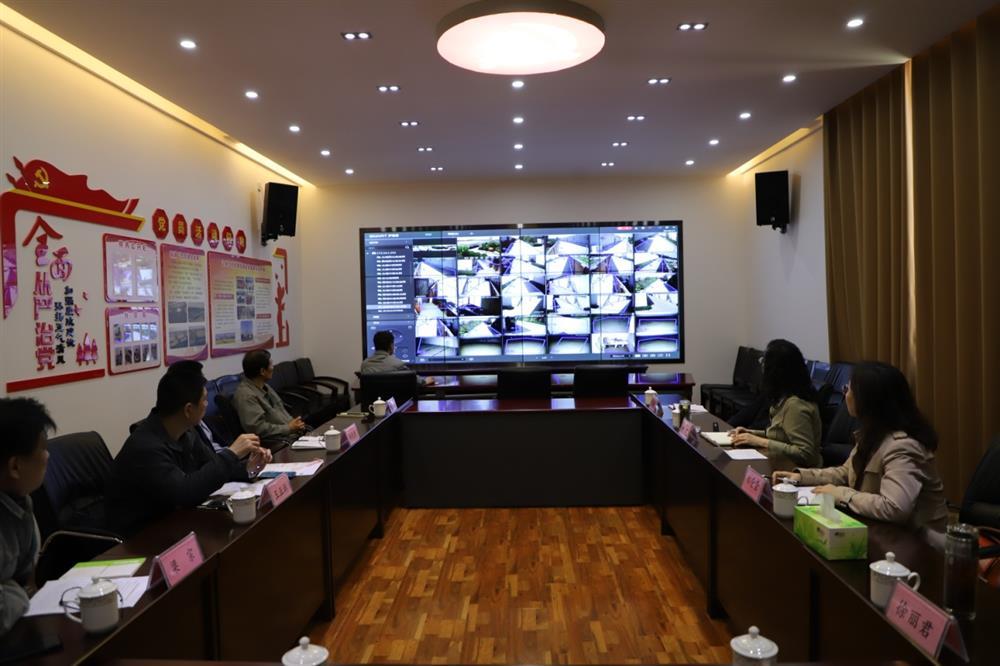 产发集团党委副书记、总经理黄蓓到第二粮库调研节日安全生产和夏粮收购工作