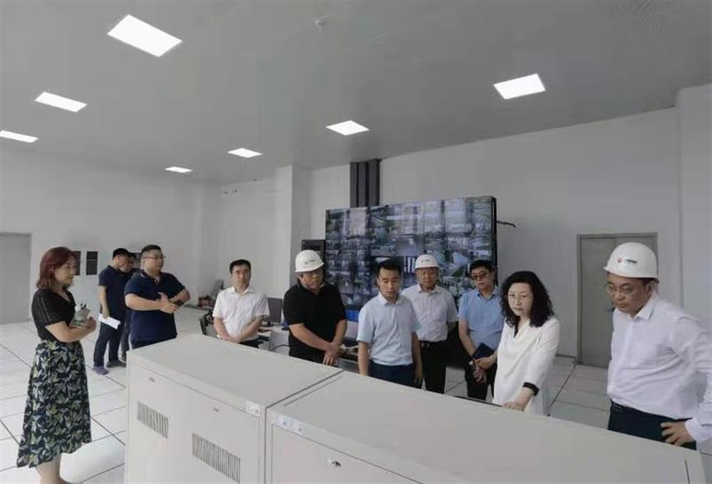 集团黄蓓总经理带队调研园区集团中欧智造港项目并督导安保维稳工作